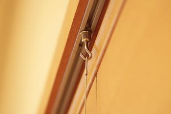 壁掛けによる作品展示方法